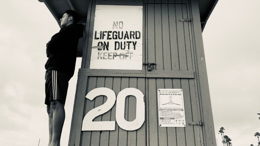 Lifeguard jobs are some of the highest paying summer jobs for college students