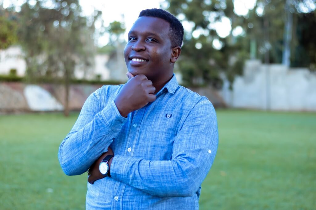Sam Mutahi is the owner of HomeIncomeGenius, a prolific finance writer, and husband